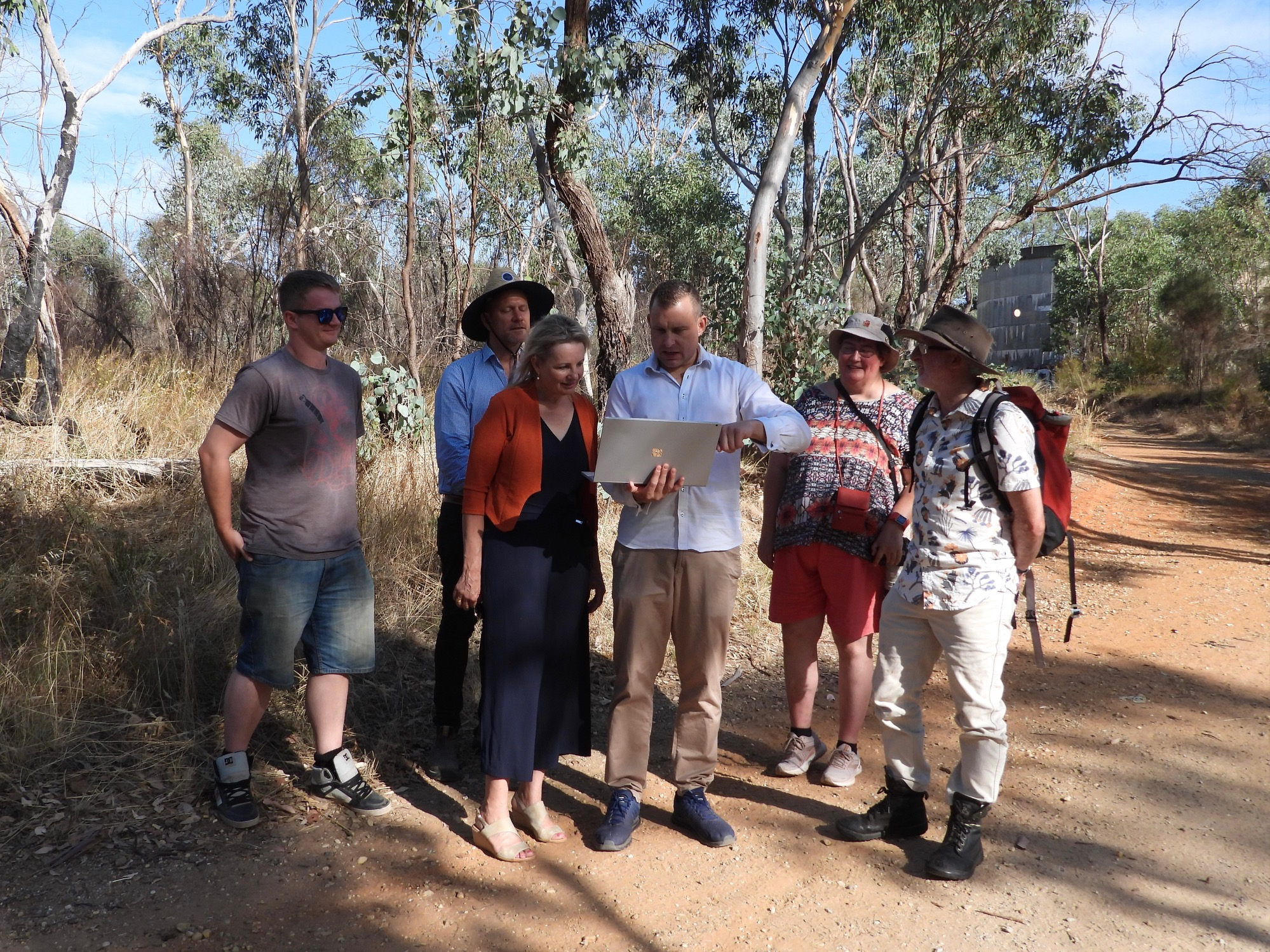 Sussan Ley MP receiving a demonstration of Albury Wodonga Nature Map from Aaron Clausen, co-founder of the NatureMapr citizen science platform (Photo by Amy Daeche)